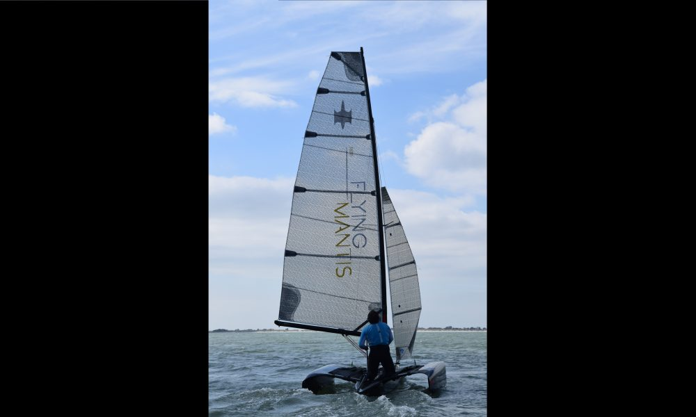 Flying Mantis downwind non foiling